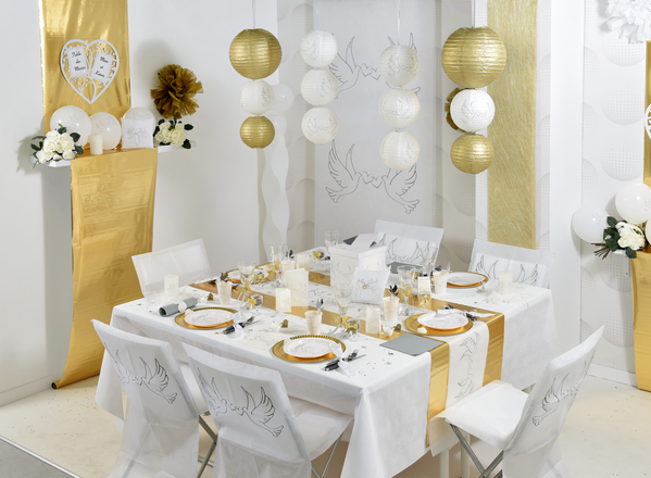 Table setting hochzeit gold